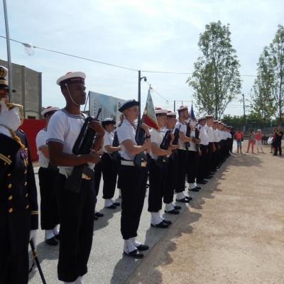 Samedi 27 juin remise des diplômes de la Préparation  Militaire Marine à la Confluence .