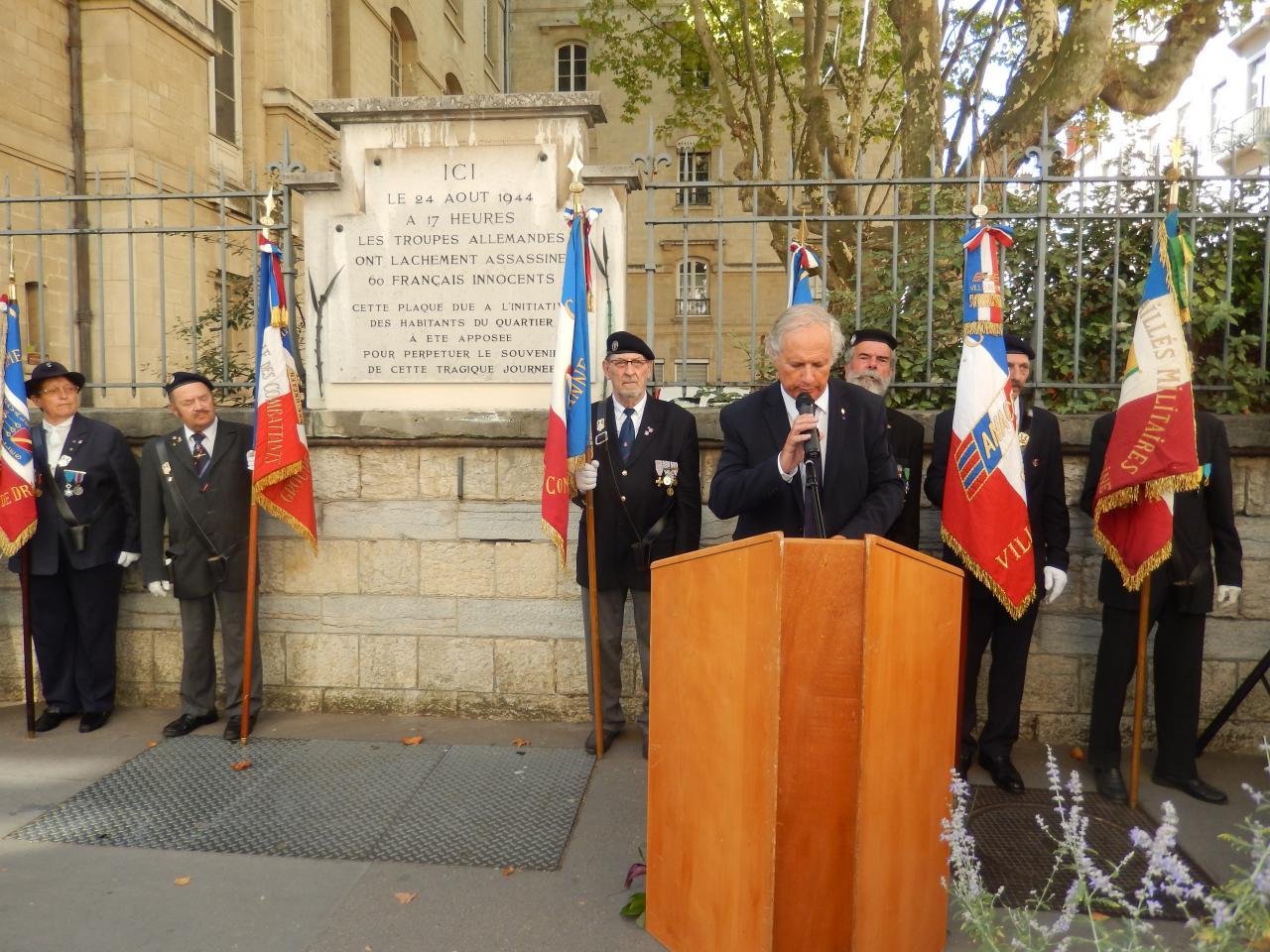 """Cérémonie en hommage aux victimes des événements  tragiques du 24 août 1944 """"Fusillade de la rue Tronchet"""" Lyon 28-08-15"""