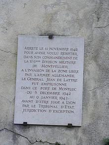 220px-fort-monltuc-plaque-lyon-de-lattre.jpg