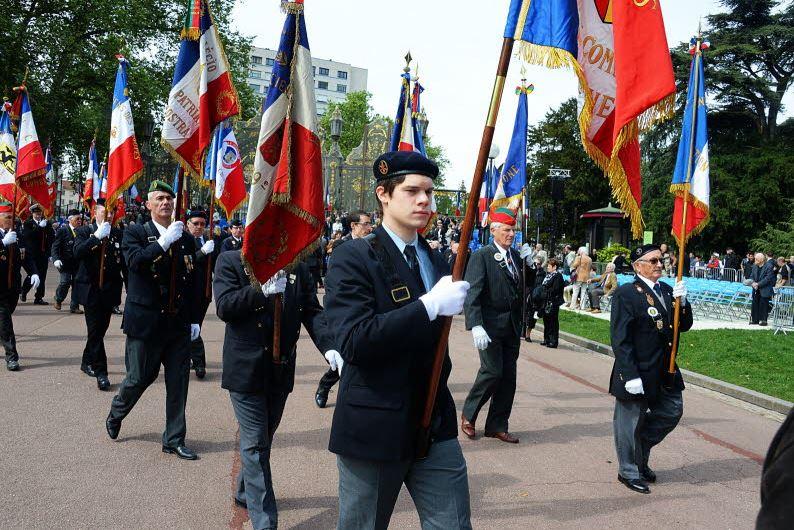 Comite de liaison porte drapeau
