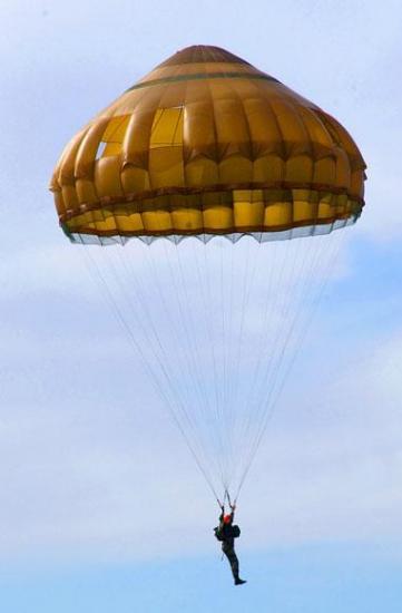 parachutesepc21.jpg
