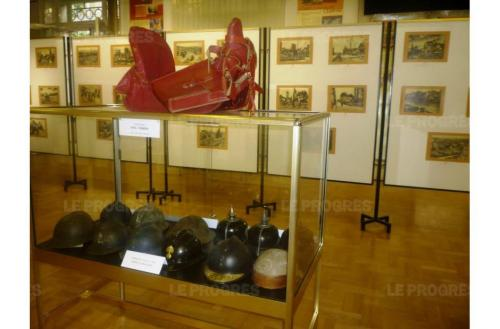 Une vue generale de l exposition photo gerard chauvy 1473880289